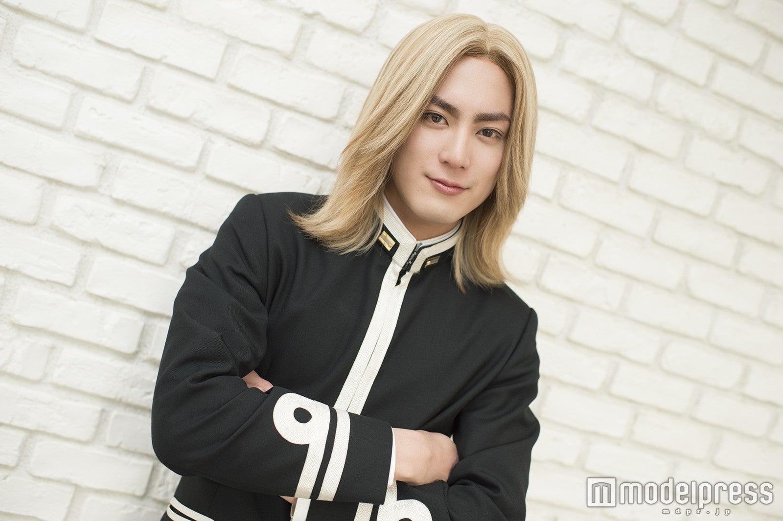 菅田将暉 金髪 短髪
