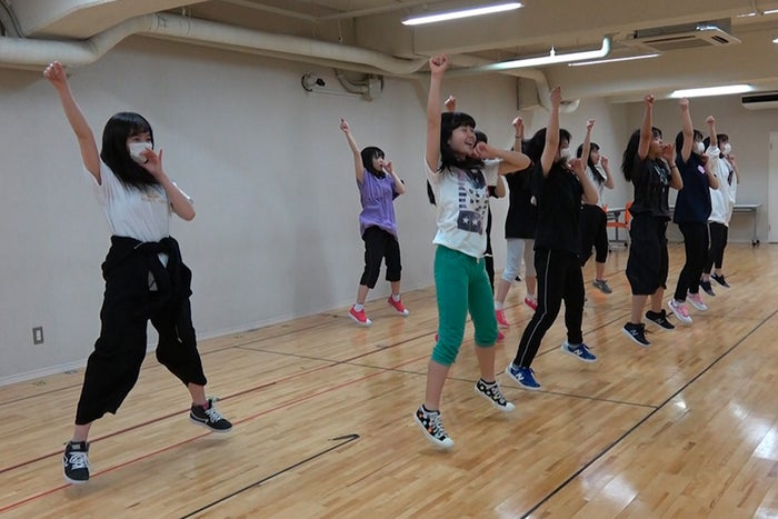 レッスン場でのリハーサルシーン(C)2018「SKE48ドキュメンタリー(仮)」製作委員会