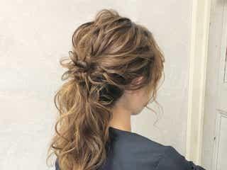 《ドレスに似合う髪型》華やかヘアで周りと差をつけちゃおう!