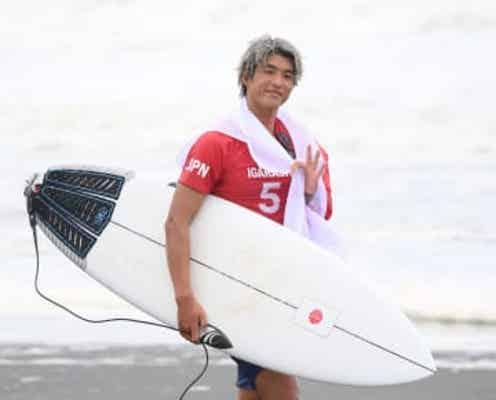 五十嵐カノアとは 15歳で高校卒業、5カ国語を話す 競技開始は3歳にハワイで