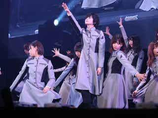 欅坂46「TGC北九州」大トリパフォーマンスが圧巻 黒スーツにチェンジでイメージ一新の新曲も披露<TGC北九州2017>