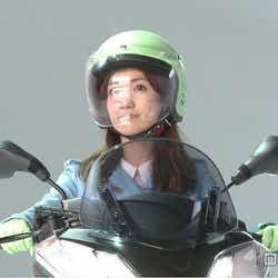 モデルプレス - 大島優子、二輪免許取得後初のライディングを披露