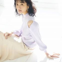 松井愛莉、上品な春コーデで魅了