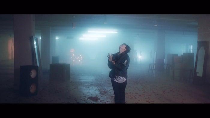 欅坂46「黒い羊」MVより/(提供画像)