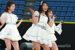 NMB48、雨に濡れながら全力ステージ ファンの歓声響く<AKB48グループ春のLIVEフェス>