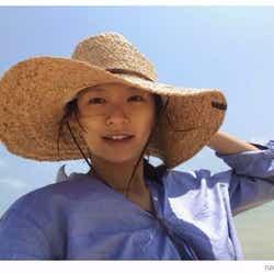モデルプレス - 妊娠中の榮倉奈々、沖縄でナチュラルな美貌輝く すっぴん公開で羨望の声続々「キレイ過ぎる」