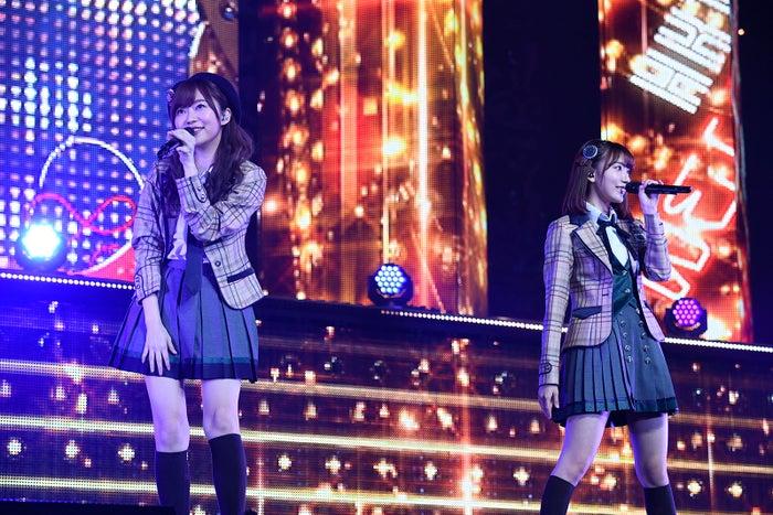 指原莉乃、宮脇咲良「HKT48春のアリーナツアー2018~これが博多のやり方だ!~」/さいたまスーパーアリーナ(C)AKS