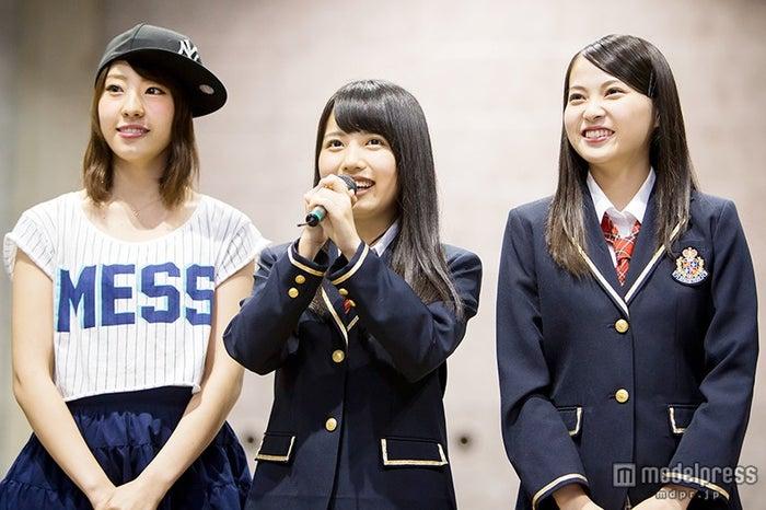 (左から)藤江れいな、柴田優衣、堀詩音(C)NMB48