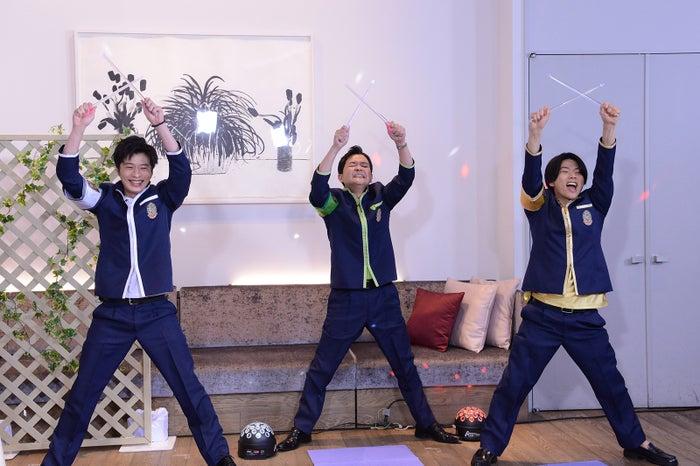 田中圭、ノブ、増田貴久(C)日本テレビ