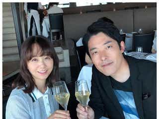 オリラジ中田敦彦、福田萌と結婚6周年で2ショット公開 話題の「#今日の妻も可愛い」で感謝をつづる