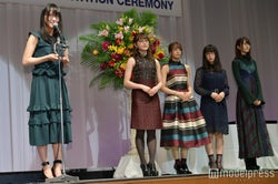 (左から)菅井友香、守屋茜 、小林由依、長濱ねる、土生瑞穂(C)モデルプレス