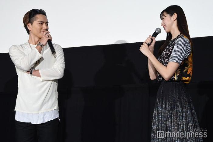 登坂広臣、中条あやみ (C)モデルプレス