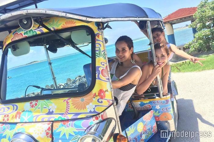 女子でも簡単に運転出来る/画像提供:沖縄トゥクトゥク