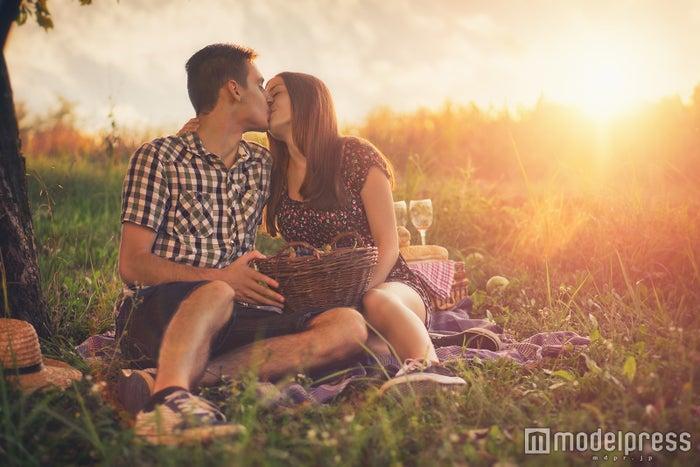 男性がキスする気持ちを考えてみて(photo by steevy84/Fotolia)