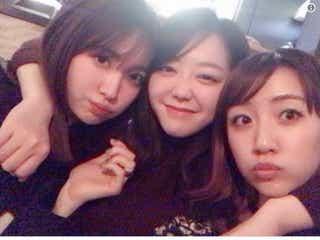小嶋陽菜&高橋みなみ&AKB48峯岸みなみ「ノースリーブス不足なあなたへ」密着集合ショットにファン歓喜