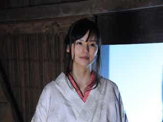小西真奈美、妖艶着物×関西弁で色気放出「本当に楽しい」<本人コメント>