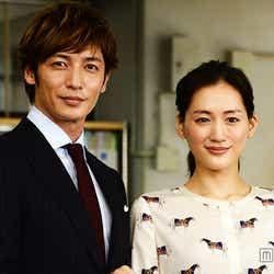 ドラマ「きょうは会社休みます。」で共演する綾瀬はるか、玉木宏【モデルプレス】