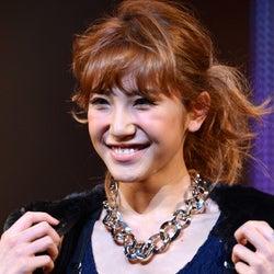 「JELLY」高橋茉莉、結婚を発表 2ショットも公開