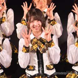 """モデルプレス - AKB48新チーム4公演""""期待の新星""""山内瑞葵センターで開幕 村山彩希がスパルタキャプテンに成長<「手をつなぎながら」公演レポ>"""