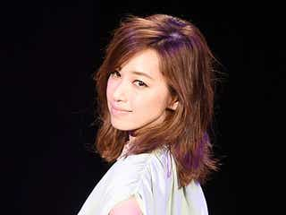 離婚公表のモデル仁香、ファンの激励に感謝「辛い時こそ言えなかった」