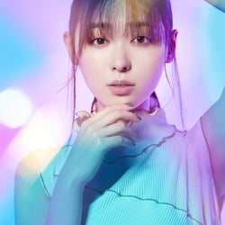 福原遥、2ndシングルリリース決定 クールな新ビジュアル解禁<透明クリア>
