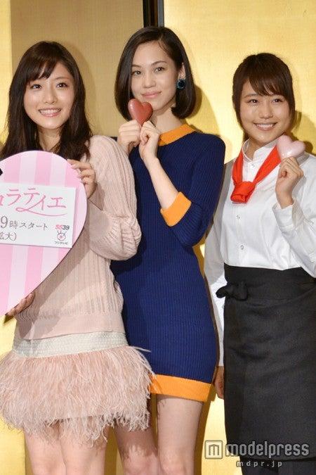 ドラマ「失恋ショコラティエ」の制作発表の様子(左から)石原さとみ、水原希子、有村架純