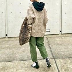 真冬のざっくりニットカーデは下に重ねて暖かく。着込むのにおすすめな厳選3アイテム