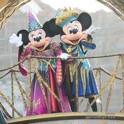 モデルプレス - ディズニー・ハロウィーン、TDS新ショー「フェスティバル・オブ・ミスティーク」初お披露目
