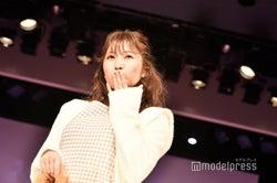 """NMB48吉田朱里、""""王道モテコーデ""""の投げキスにドキッ<Ray学園祭>"""