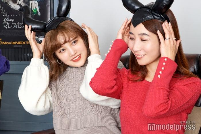 (左から)金光みり愛さん、斉藤ゆかりさん(C)モデルプレス