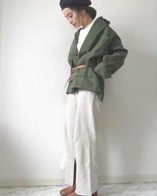 定番カラーの「白」を今年っぽく着こなすには? マネしたいスナップ、集めました♡