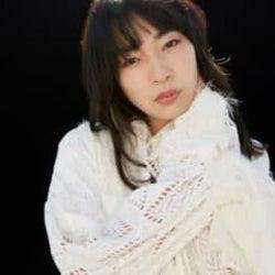 ヒグチアイの新曲「縁」、テレビ東京系 ドラマ24「生きるとか死ぬとか父親とか」ver.の映像が公開!オフィシャルインタビューも到着!