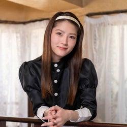 若月佑美、ウェイトレス役の独占カット到着 セルフメイクのポイントは「目元」<新・ミナミの帝王>