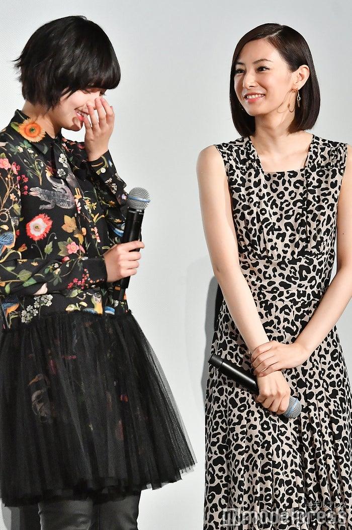 「食べ物の写真を送り合っています」仲良しな平手友梨奈&北川景子 (C)モデルプレス