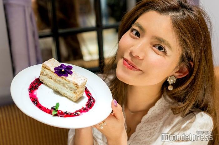 """「ハナハナの""""千紫""""・フィーユ」 (C)モデルプレス"""