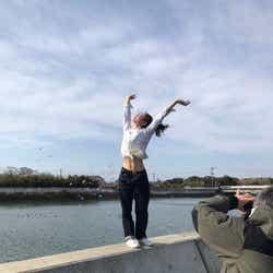 冨樫真凜/「週刊プレイボーイ」プラチナムプロダクション20周年記念号オフショット(提供写真)