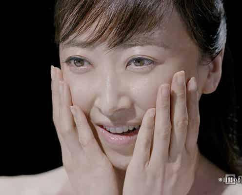 元宝塚トップスター、紫吹淳が色白すっぴん美肌を披露