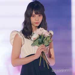 """モデルプレス - """"15歳の最強美女""""けやき46小坂菜緒、テレビ初インタビューで話題「透明感すごい」「圧倒的オーラ」今後の活動を語る"""