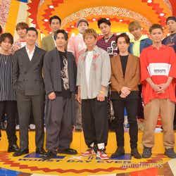 EXILE(前列左より:ATSUSHI、TAKAHIRO、AKIRA、橘ケンチ、黒木啓司、TETSUYA、SHOKICHI、NESMITH/後列左より:岩田剛典、NAOTO、小林直己、関口メンディー、白濱亜嵐、佐藤大樹、世界) (C)モデルプレス