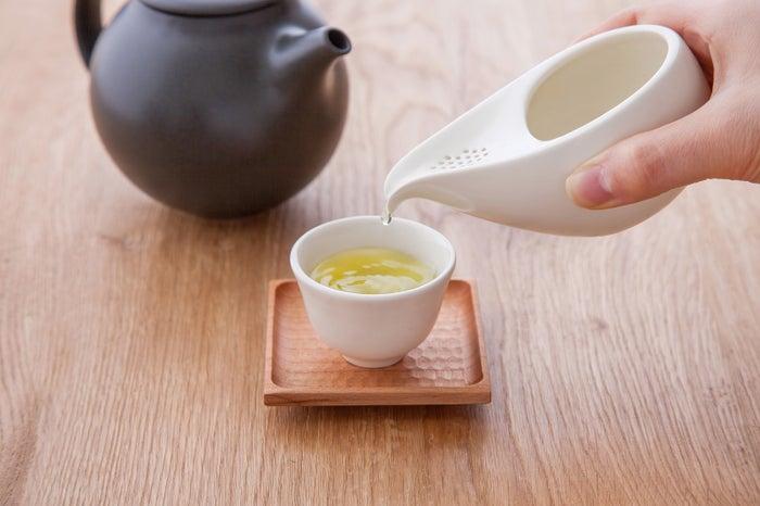 日本茶インストラクターが淹れる本格的な宇治茶/画像提供:福寿園