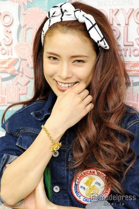 モデルプレスのインタビューに応じた尾崎紗代子