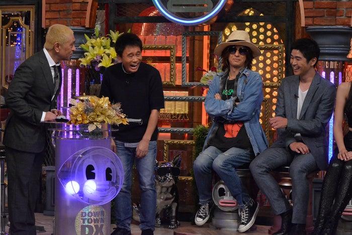 (左から)ダウンタウン、清春、藤巻亮太(C)日本テレビ
