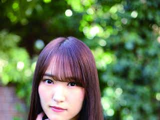櫻坂46菅井友香、欅坂46の衣装姿など披露 最新著作「あの日、こんなことを考えていた」掲載カット公開