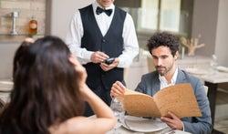 年下彼氏に聞いた!年の差恋愛のリアル事情「デートの会計は?ケンカの種は?」編