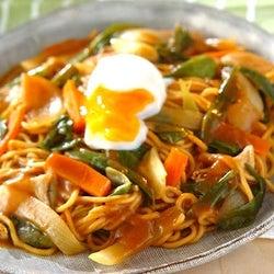 余ったカレーをさらに美味しく食べる!カレーの簡単アレンジレシピ5選
