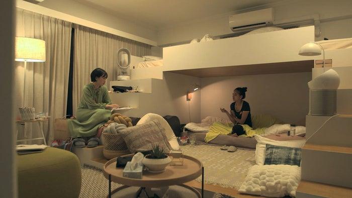 香織、春花「TERRACE HOUSE TOKYO 2019-2020」6th WEEK(C)フジテレビ/イースト・エンタテインメント