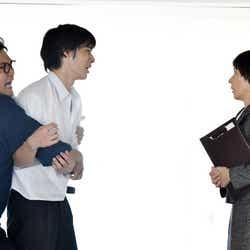 加治将樹、岡田健史、夏木マリ/「中学聖日記」第5話より(C)TBS