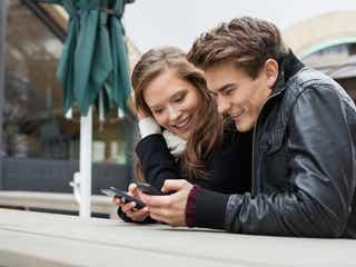 普段の会話やLINEで使える!好きな女性との「距離の縮め方」4つ