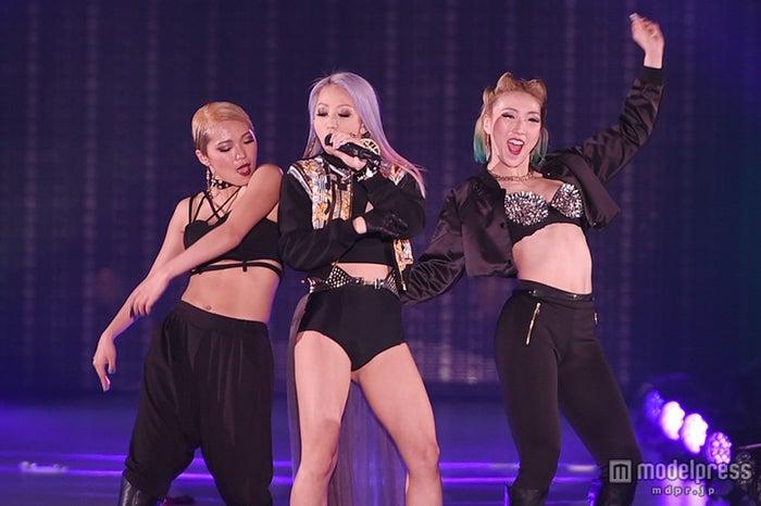 倖田來未、貫禄のライブで「関コレ」フィナーレ 迫力ダンスと美声で圧倒【モデルプレス】
