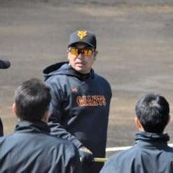 巨人・元木ヘッド31日2軍戦で指揮 阿部2軍監督は愛弟子の奮起に期待